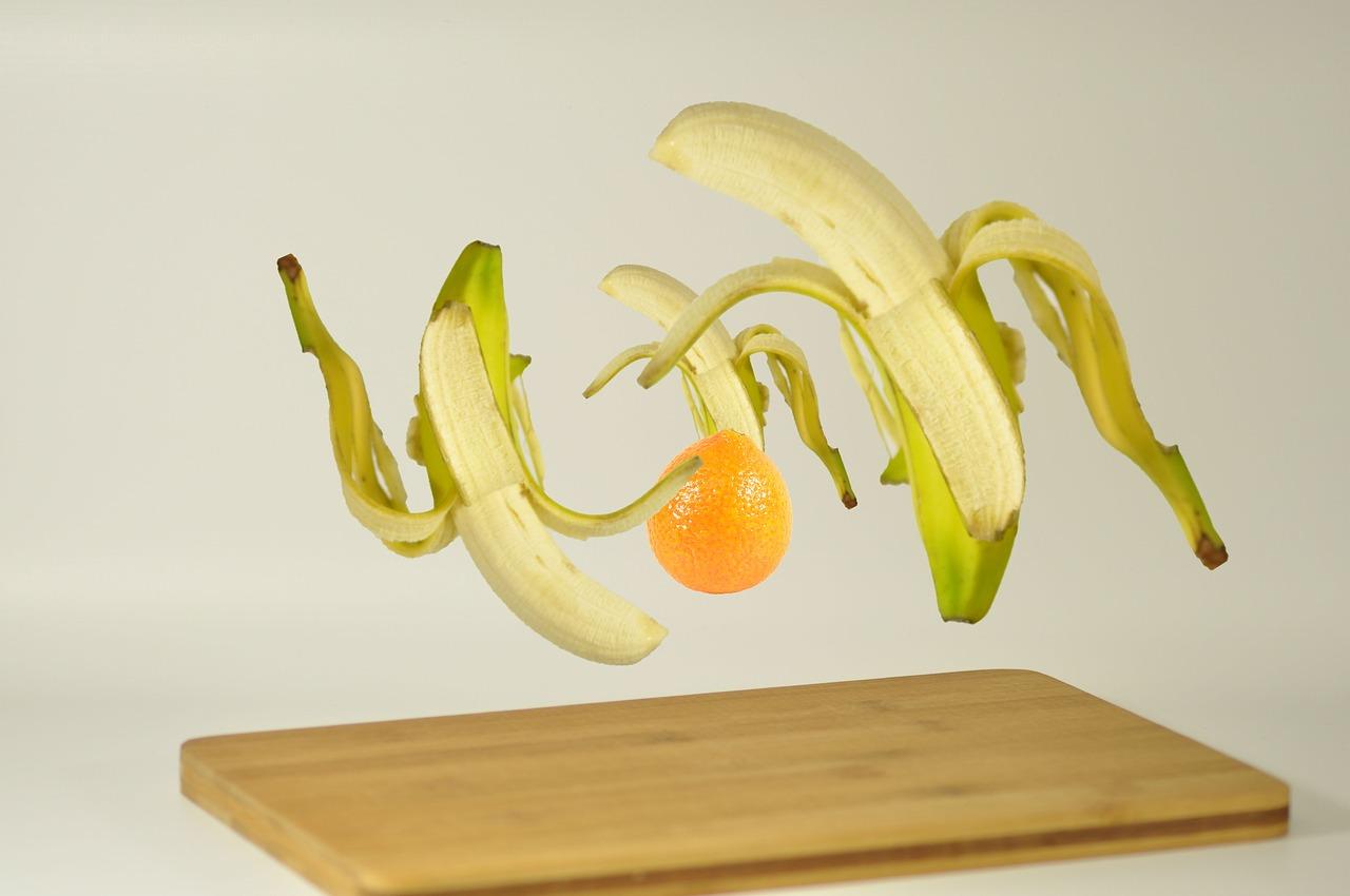 bananas float